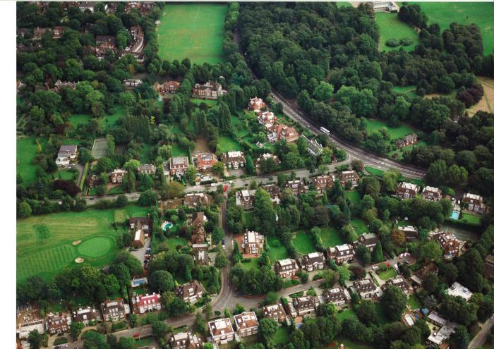 Aerial Photograph of a section of Hampstead Way